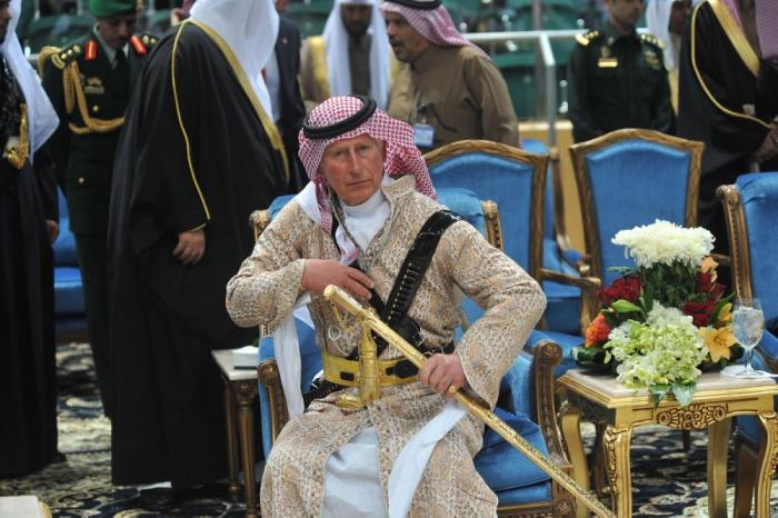 prince-charles-dances-traditional-dress-saudi-arabia